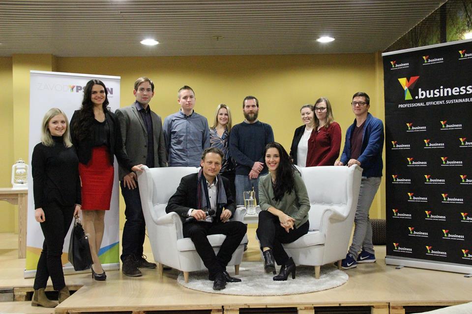 Slika 2:g. Daniel Gregorič, INDIVIDA & Partnerji d.o.o., gdč. Sabina Đuvelek, Zavod Ypsilon, člani in članice Zavoda Ypsilon.