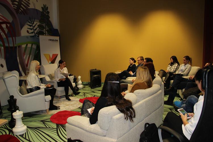 Slika 2: Y. business Success Story z veleposlanico mag. Jamnišek, nekdanjo stalno predstavnico RS pri OZN, OVSE in drugih mednarodnih organizacijah na Dunaju.